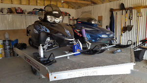 Polaris RMK600 ,Yamaha VMAX XL 600 and trailer for sale
