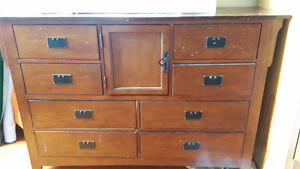 Beautiful dresser with mirror for sale