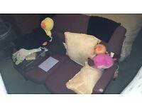 Small sofa/chair thing
