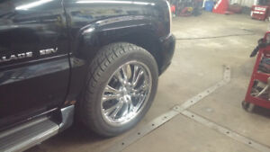 22 inchs rims and tires 305 45R22