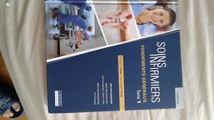 Nursing books to sell / livre Soins infirmiers à vendre