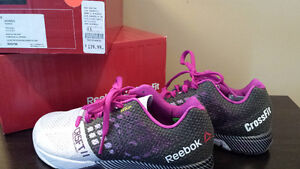 Reebok women cross fit sneakers