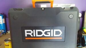 RIGID 12 VOLT CASE AND 2 BATERIES POWER DRILL Kingston Kingston Area image 4