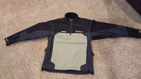 size large klim pullover shell