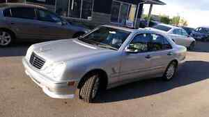 Mint mercedes Benz E320 low km