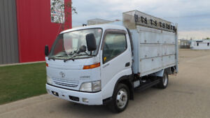2001 Toyota Dyna Truck 2.5 Ton Only 36K Like New 1 Year Warranty