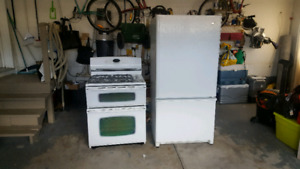 Maytag Gemini Gas Range & Refrigerator Set