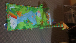 floor play mat- never used