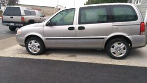 2009 Chevrolet Uplander Van Minivan, Van