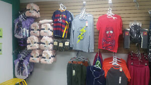 New Clothing Both Women's and Men's.