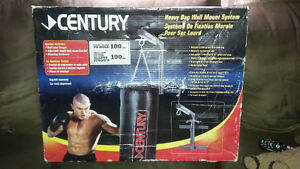 Century heavy bag wall mount - new