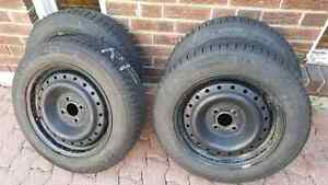 Honda Toyota Mazda Michelin X Ice 3 175/65R15 And Rims