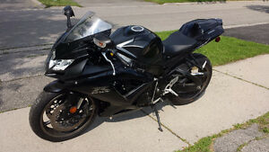 Suzuki GSXR750 FOR SALE!