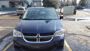 2014 Dodge Caravan Se Minivan, Van excellent condition