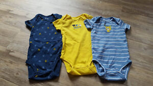 Lot of 18 month brand name perfect condition clothes London Ontario image 3