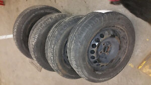 SET OF 4 MAXTOUR GT RADIAL W/RIMS 195/50/R15