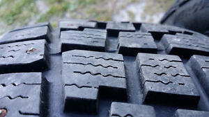 4 Avalanche Extreme Studded Winter Tires 225 / 65 / 17