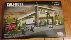 Mega Bloks Call of Duty Nuketown 2 664 PCS