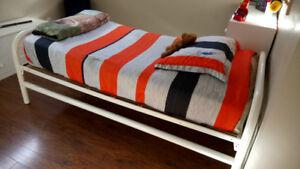 Meuble et base de lit