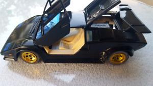 Majorette Lamborghini Countach 5000 Quattrovavole 1:24 Diecast