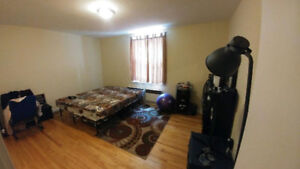 4.5 apartment  close to Concordia - downtown montreal