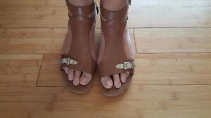Sz 9 Aerosoles ladies shoes worn once Comfortable!!!
