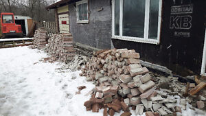 Free used house bricks