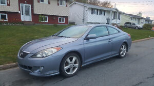AFFORDABLE HEAD-TURNING CAR !2004 Toyota Solara