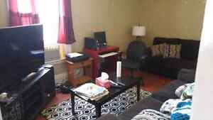 Available Now: Nice Downtown2br text7059305735 Peterborough Peterborough Area image 1
