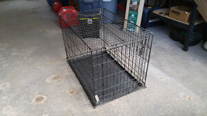 DOG CRATE - large/collapsible/tray