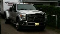 2011 Ford F-350 xlt 4x4 Pickup Truck dually diesel