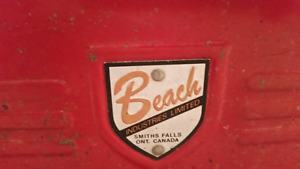 Red Vintage Beach Tools Kit   From the 1950s or 60s  Comes with