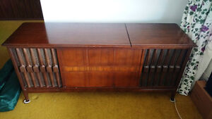 Vintage Console Stereo - Reduced!