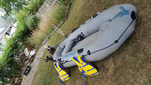 10 ft INTEX Inflatable boat w/ electric motor