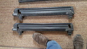 Thule ski or snowboard rack and cargo holder