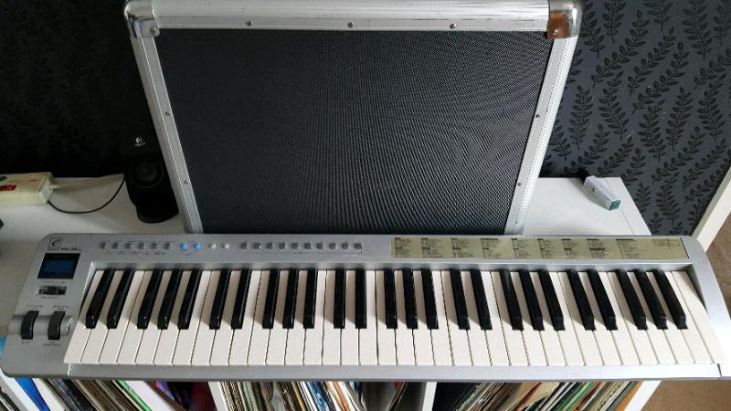 Evolution mk361 midi and usb keyboard 61 key | in Colchester, Essex |  Gumtree