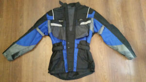 Motorcycle pants and jacket, size S. As new