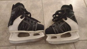 Kids Ice Skates - Size 11J