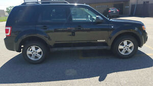 ***2008 Ford Escape XLT SUV--AUTOMATIC--CLEAN-RELIABLE****