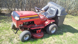 """Murray 38"""" Riding Mower / Lawn Tractor"""