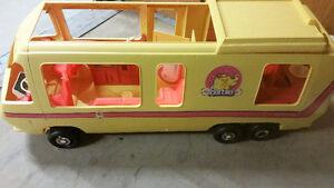 Rare 1976 Barbie Star Traveler 3 foot Motorhome - Excellent