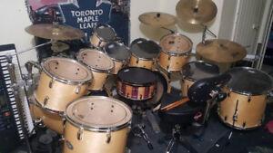 Amazing Huge Pearl / Sabian Drum set.