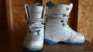 Women's Firefly Size 5 Snowboard Boots