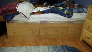 Captains bed with drawers