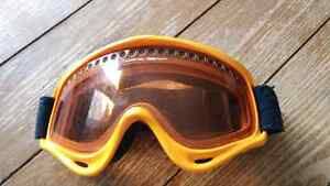 Oakley ski and snowbowrd goggles