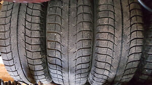 4 Michelin X Ice 205/65/15 West Island Greater Montréal image 1