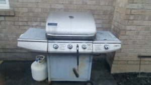 Charmglow BBQ Grill with side burner