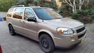 2005 Chevrolet Uplander LT Minivan, Van Loaded
