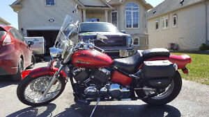 2008 Yamaha V Star 650 in excellent condition