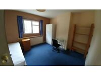 House for 4 Brunel Students (3 needed)